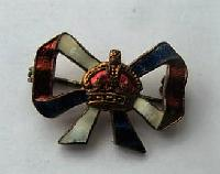 £8.00 - Collectable Sweetheart Brooch Badge11591