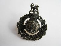 £10.00 - Collectable  British  Military  Badge 11623