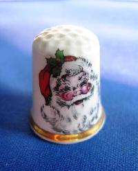 £3.00 - Collectable Bone China Thimble  Father Xmas 6754