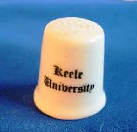 £3.00 - Collectable Bone China Thimble Keele University 6759