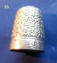 £35.00 - Collectable Hallmarked Silver Thimble 8381