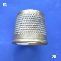 £10.00 - Open ended Brass Thimble 8394