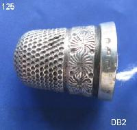 Collectable Hallmarked Silver  Thimble 8404