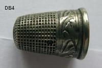 £20.00 - Collectable antique Thimble 8425
