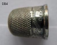Collectable Hallmarked Silver Thimble 8427