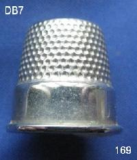 £4.00 - Collectable Vintage Thimble 8564