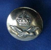 £4.00 - Collectable Vintage Military  Button RAF 8653