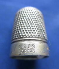 £35.00 - Vintage Silver Clad Dorcas Thimble By Charles Horner 8844