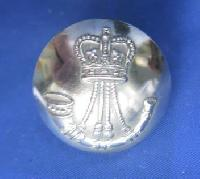 £4.00 - Collectable Vintage Military  Button 8902