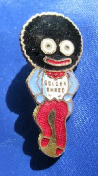 Collectable Vintage Robertsons Golly  Badge 8925