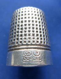 £25.00 - Vintage Silver Clad Dorcas Thimble By Charles Horner 8979
