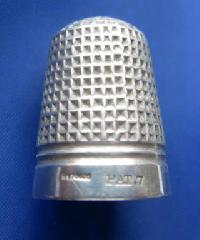 Vintage Silver Clad Dorcas Thimble By Charles Horner PAT7 9084