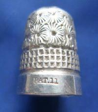 Vintage Silver Clad Dorcas Thimble By Charles Horner PAT 11 9085