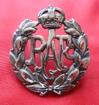 £6.00 - Collectable British  Military Cap Badge 9126
