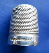 £25.00 - Collectable  Marked Sterling Silver Thimble  9155