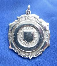 £6.00 - Collectable Vintage Football Award Watch Fob 9166