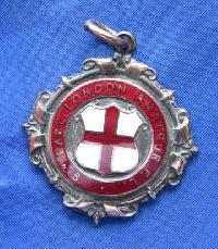 £5.00 - Collectable Vintage Football Award Watch Fob 9173