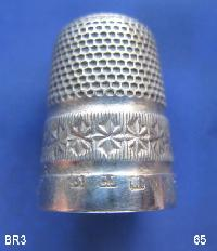 £35.00 - Collectable Hallmarked Silver Thimble 9191