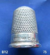 £35.00 - Collectable Hallmarked Silver Thimble 9215