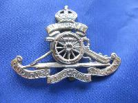 Collectable  British  Military Cap Badge 9225