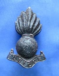 Collectable Vintage Military Badge 9323