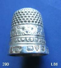 £35.00 - Collectable Hallmarked Silver Thimble James Walker 9438