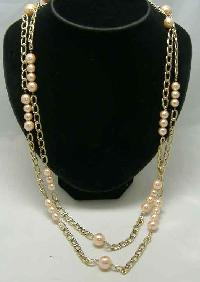 £12.00 - 1980s 2 Row Pink Faux Pearl Bead & Gold Chain Necklace