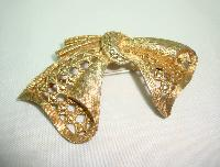 £12.00 - Vintage 60s Unusual and Unique Gold Marcasite Stylised Bow Shaped Brooch