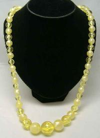 £12.00 - Vintage 50s Chunky Yellow Lucite Moonglow Bead Necklace