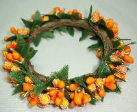 Vintage 50s Quirky Orange Berry Glass Bead & Green Garland Bracelet