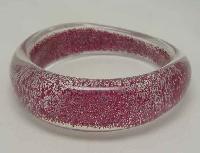 £8.40 - Vintage 70s Clear Lucite Sparkly Pink Bangle Bracelet