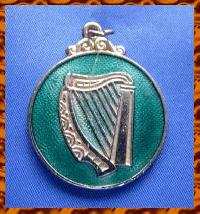 £4.00 - Vintage Medal Award for Irish Dancing 10272