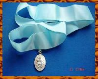 £5.00 - Knight of Saint Colomba Pendant on Blue Ribbon