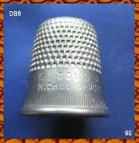 Collectable Vintage Thimble 8449