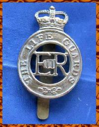 £6.00 - Collectable  British  Military Cap Badge 9359
