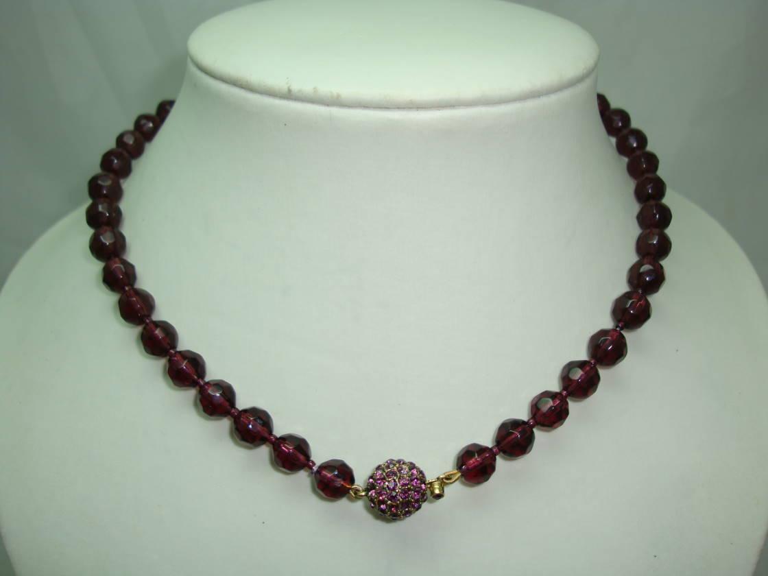 £21.60 - 1950s Purple Glass Bead Necklace Fab Diamante Clasp WOW