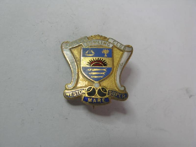 Collectable Vintage Bowling Club  Badge 11714