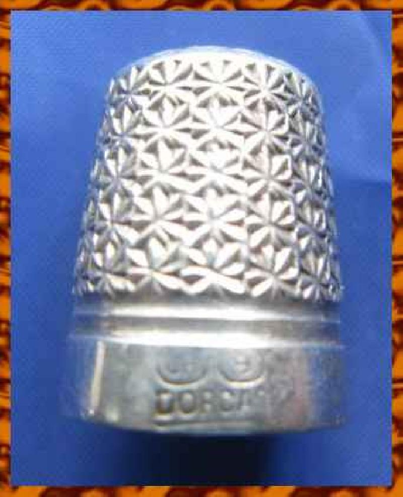 Vintage Silver Clad Dorcas Thimble By Charles Horner  9 8765