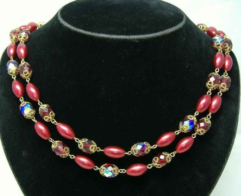 £24.00 - 1950s 2  Row Red AB Crystal Glass & Pearl Bead Necklace