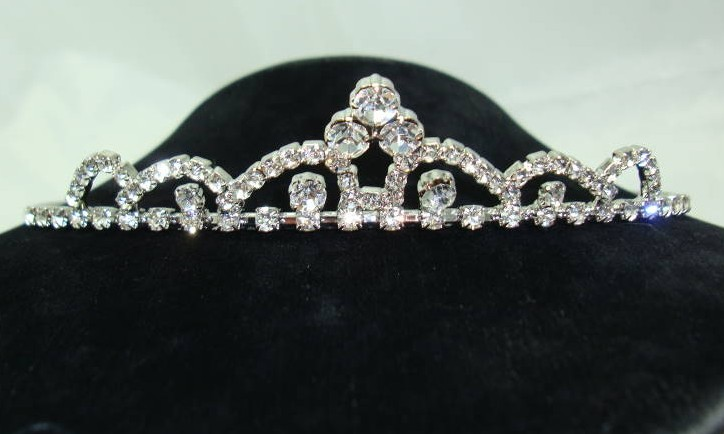 Fabulous Sparkling Diamante Tiara Headband Alice Band