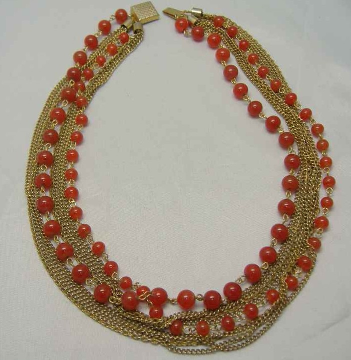 £26.40 - 30s Multi Row Cornelian Glass Bead Gold Chain Necklace