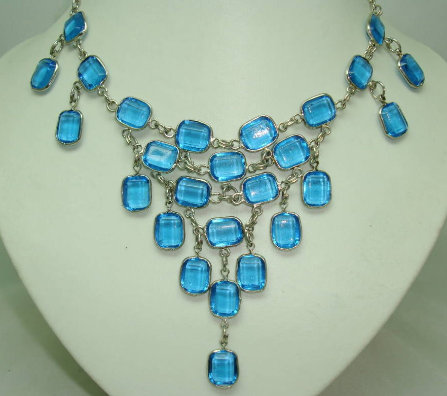 £30.40 - Vintage 50s Style GlamorousTeal Blue Glass Drop Bib Cascade Necklace