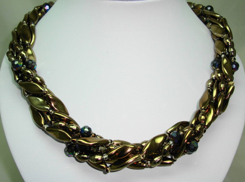 £27.20 - Vintage 50s 6 Row Gold & AB Glass Bead Twist Necklace Fab Flower Clasp