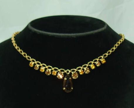 £18.00 - Vintage 50s Amber Citrine Diamante Drop Gold Necklace