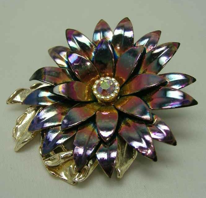 £14.40 - Vintage 1950s AB Enamel Metal Diamante Flower Brooch