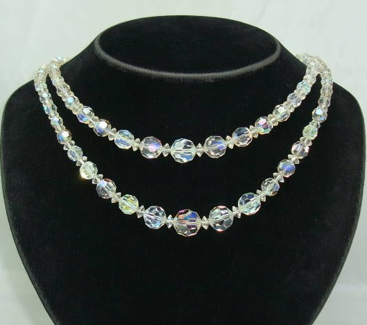 £20.00 - 1950s 2 Row Sparkling AB Crystal Glass Bead Necklace