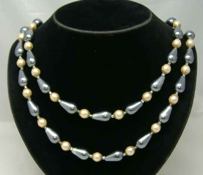 1950s Long 2 Row Grey & Cream Faux Pearl Bead Necklace