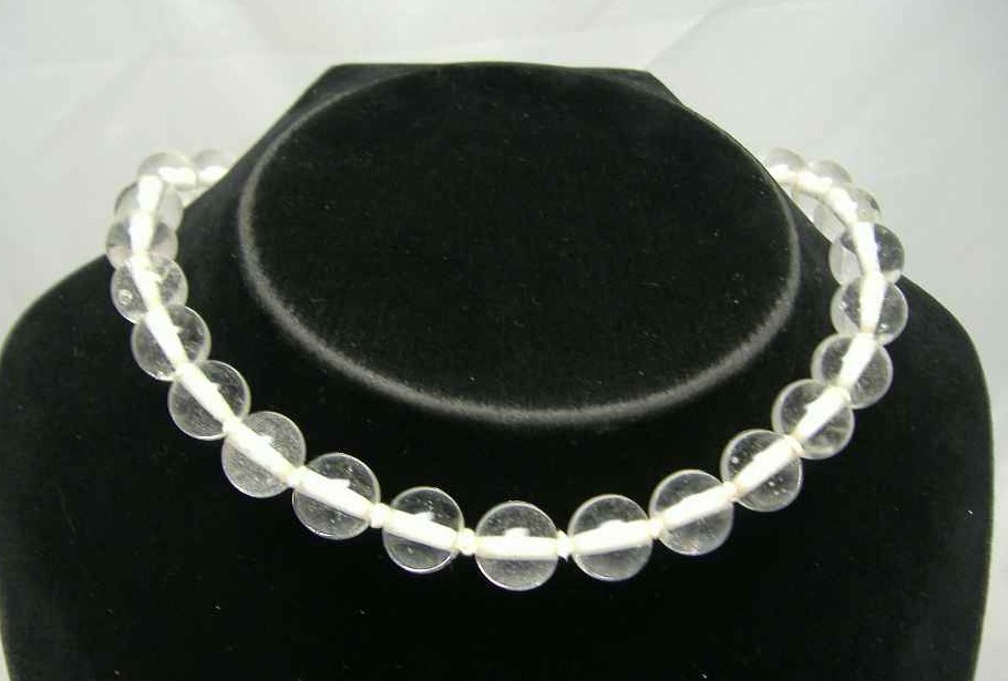 £14.40 - 1950s Clear Glass Bead Hand Knotted Choker Necklace WOW