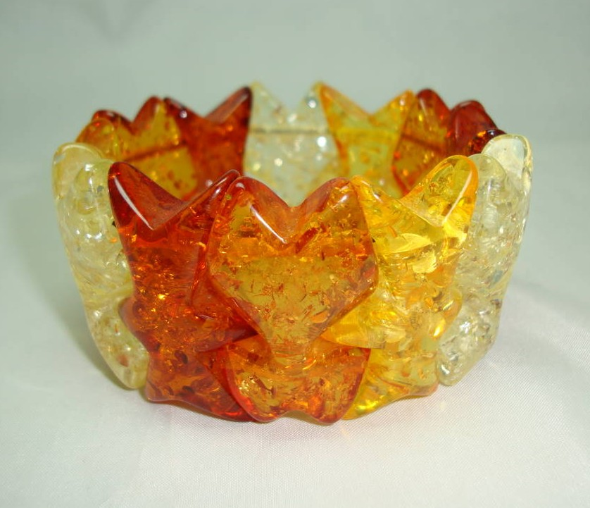 Vintage 50s Honey and Amber Confetti Sparkle Lucite Stretch Bracelet