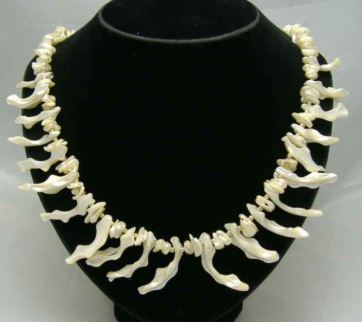 £30.00 - Vintage 50s Stunning Mother of Pearl Necklace QUALITY!